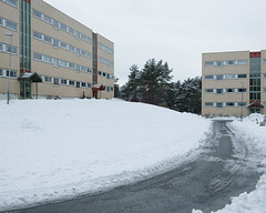 (Thorir Vidar) Tags: winter snow building norway vinter apartment no bergen hordaland snø sn sane åsane sn¿ thorir1101128003ddng
