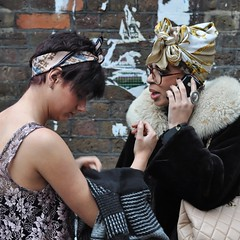 Brick Lane fashion (-hndrk-) Tags: uk england london fashion scarf nikon candid piercings iphone musicnote d90 hndrk bricklanepeople chanelccbag