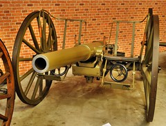 koda 75 mm field gun (1900) (The Adventurous Eye) Tags: gun cannon artillery playingwar koda leanymilitarymuseum