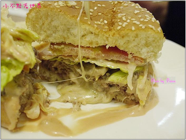 中原Champ Burger 30.JPG