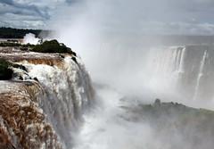 Parque Nacional do Iguaçu (ninabio) Tags: paraná brasil waterfall cachoeira fozdoiguaçu iguassufalls mataatlântica cataratasdoiguaçu whbrasil