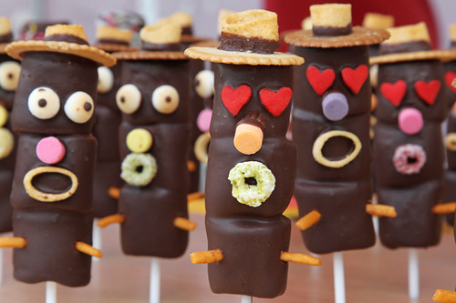 chocolate marshmallow men