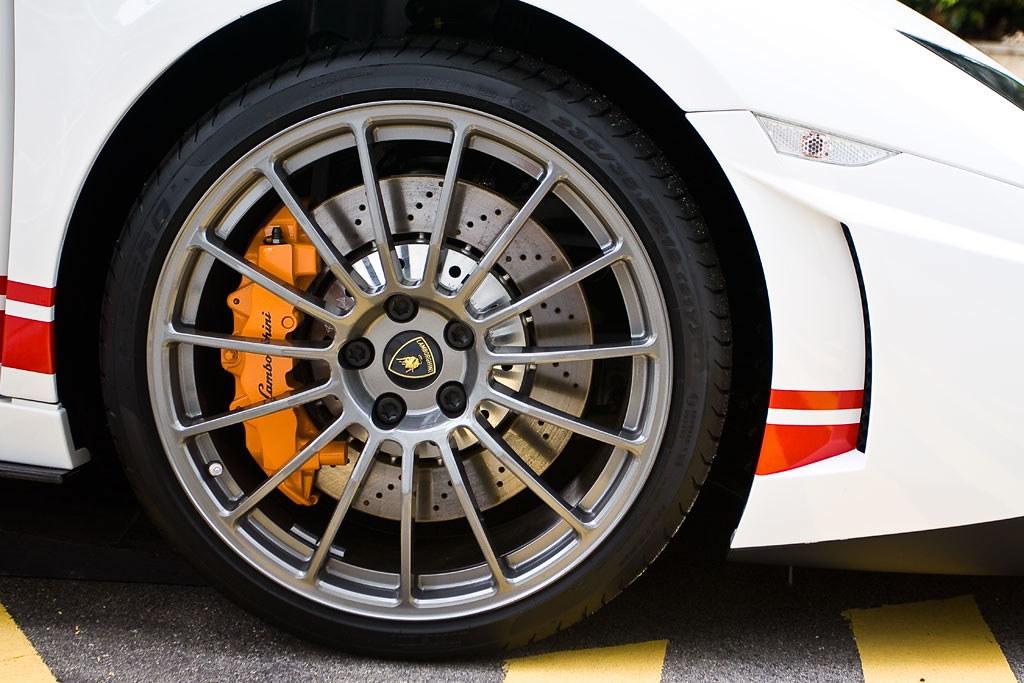 Singapore Limited Edition Lamborghini 5.2 on Pirelli PZero Tires