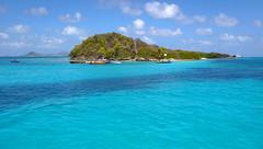 Turquoise island (RodaLarga) Tags: grenadines tobagocays
