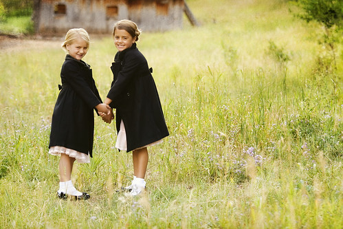 フリー写真素材, 人物, 子供, 少女・女の子, 兄弟・姉妹,