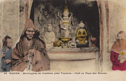 ANNAM - Montagnes de Marbres près Tourane - Chef ou pape des Bonzes