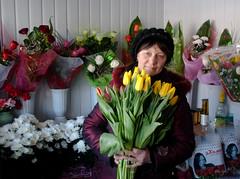 flower seller (alxpn) Tags: flowers ukraine seller україна дубно dubno nikond3000