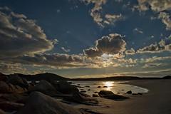 Perchè domani sarà un giorno incerto di nuvole e sole ... (Tati@) Tags: sardegna tramonto nuvole villasimius natura sole spiaggia dolcezza elitegalleryaoi mygearandmegold