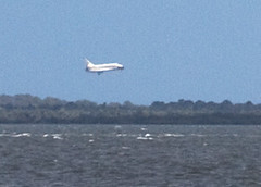 Final landing of the space shuttle Discovery, KSC, 3/09/11