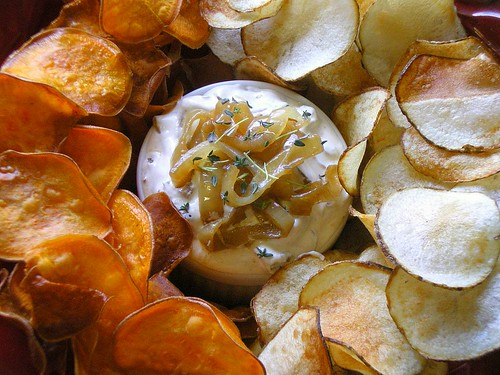 Chips with Caramelized Onion Dip