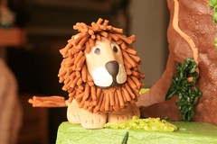 "fondant lion • <a style=""font-size:0.8em;"" href=""http://www.flickr.com/photos/60584691@N02/5525354748/"" target=""_blank"">View on Flickr</a>"