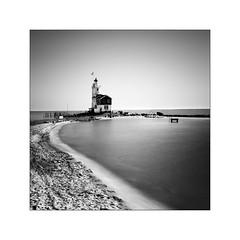 Paad van de Marken #01 (Nina Papiorek) Tags: sea lighthouse white black holland art water netherlands 30 coast long exposure time fine nd landscpae marken leuchtturm waterscape