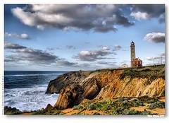Farol do Penedo da Saudade #3 (vmribeiro.net) Tags: lighthouse portugal geotagged grande saudade pedro farol são marinha penedo moel superaplus aplusphoto ilustrarportugal sérieouro geo:lat=39762585 geo:lon=9031728 peregrino27worldchanging ipserieouro