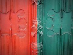 Detail (Moser's Maroon) Tags: family red detail green church coatofarms utrecht groen chapel rood familiewapen kapel jacobikerk vaneck grafkapel andreaskapel