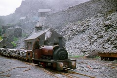 R0625.  GEORGE B at Dinorwig Quarry.  Jun, 1961. (Ron Fisher) Tags: dinorwicslatequarry dinorwigslatequarry quarryhunslet