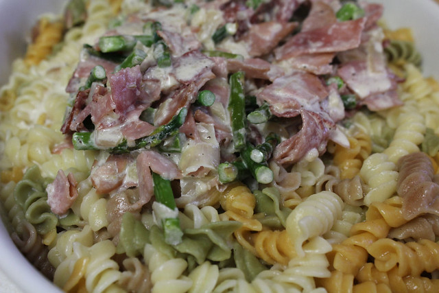 Creamy Rotini with Ham and Asparagus