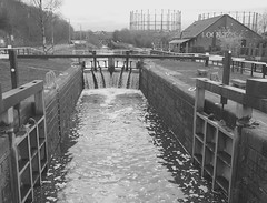 1st day of summer 2011 (Hugh Spicer / UIsdean Spicer) Tags: cycling march scotland spring glasgow anniesland kelvindale maryhill forthandclydecanal 2011 lock27