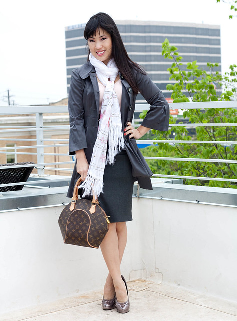 bcx gray raincoat banana republic pink knit forever 21 gray pencil skirt white floral scarf louis vuitton ellipse