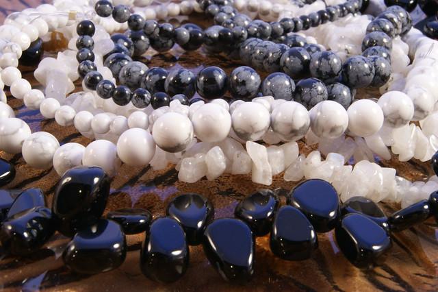 Beads-BlackandWhite