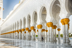 Sheikh Zayed Mosque (Ash if) Tags: sheikhzayedmosque mosque abudhabi tiles summer august structure