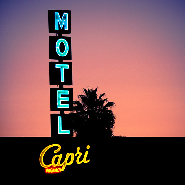 Motel Capri, Plate 6