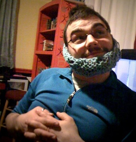 I knitted @ordermeanother this beard cover...