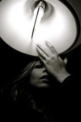 ilumíname (Eva Lindberg Photography) Tags: claro portrait blackandwhite españa blancoynegro luz flickr photos retrato negro modelos vida fotos chicas sur cádiz espacio tiempo oscuro contrastes evablack evalindberg