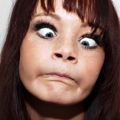 Grimace (Sebastian-Ziegler) Tags: portrait woman cute girl female nikon pretty handsome porträt grimace lovely frau frauen niedlich worklight grimasse weiblich schön hübsch d80 baustrahler workspotlight