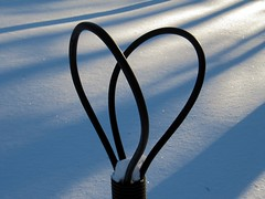 Heart (zxc6789) Tags: winter snow cable kaapeli lumi talvi