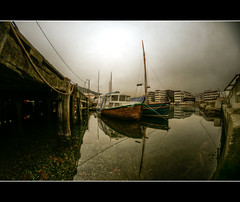 The big still (*JRFoto*) Tags: reflection water norway pier boat norge nikon cityscape silent starfish fisheye bergen 8mm hdr bt vann uib bunn waterscape hib stille d90 sjstjerne samyang nygrdstangen jrfoto
