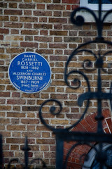 Dante Gabriel Rossetti 16 Cheyne Walk-69 (Scott A. McNealy @noboundaryphotography) Tags: uk greatbritain england london europe chelsea unitedkingdom literary painter illustrator westlondon translator centrallondon dantegabrielrossetti cheynewalk aestheticmovement algernoncharlesswinburne preraphaelitebrotherhood royalboroughofkensingtonandchelsea cheynerow englishpoet literarypilgrimage 18281882 victorianartistscolony scottamcnealyphotographer metropolitanboroughofchelsea bluebadgeselftour insearchoffamousauthors londonsbohemianquarter swingingchelsea landingplaceforchalkorlimestone 18371909 algernoncharlesswinburnelivedhere dantegabrielrossettilivedhere europeansymbolists gabrielpasqualegiusepperossetti rossetti12may18289april1882 artistpaitner founderofpreraphaelitebrotherhood