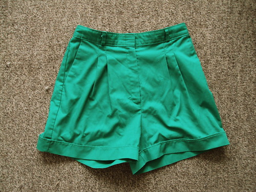 High Waisted Green Pleated Shorts