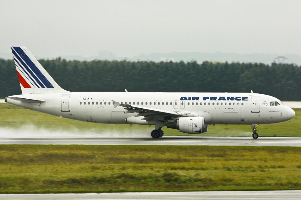 Air France - F-GFKR - Airbus A320-211