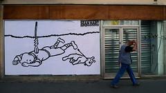 On vous avait prvenus - Rentre sociale (Gabri Le Cabri) Tags: streetart man paris pasteup shop walking dead graffiti closed snowy fotolog revenge series tintin arrow congo 75018 milou seanhart paris18 rentresociale yomek
