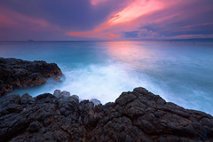 You Cant Force Chemistry (tropicaLiving - Jessy Eykendorp) Tags: longexposure morning light bali seascape beach nature clouds sunrise canon indonesia landscape asia reverse filters 1022mm padangbai gnd karangasem padangbay singhray canoneos50d