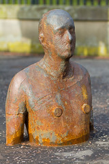 Man (pampossum) Tags: portrait edinburgh waterofleith gormleystatues gormley1