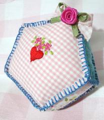 Minha casinha! (Fazendo arte com amor (Inger)) Tags: house casa handmade embroidery feitoàmão coração bordado