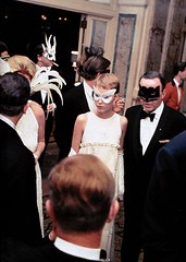 Frank Sinatra and Mia Farrow (Famous Fashionistas (First)) Tags: ny newyork 1966 vogue plazahotel givenchy franksinatra miafarrow blackandwhiteball trumancapote vintagefashion 1960s 1960sfashion