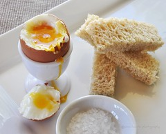 Soft boiled egg. (Anna Hwatz Photography) Tags: stilllife white bread soft egg salt yolk odc eggcup boiledegg