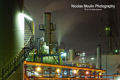 Canutos de Humo (Nicolas Moulin (Nimou)) Tags: night energy energie nocturna petrol industria industrie nocturne refineria petroleo energia petrole rafinerie petroquimica petrochimie