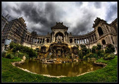 Palais Longchamps (Letzia) Tags: park storm france monument water beautiful clouds garden marseille eau europe raw threatening south hiver jardin stormy gargoyle palais thunderstorm nuage nuages 13 fontaine parc hdr beau gargouille orage laetitia sud foutain longchamp status massilia statutes fontaines longchamps 2011 constraste menaant statuses statuts orageux massalia colorphotoaward olympuse520 jardry
