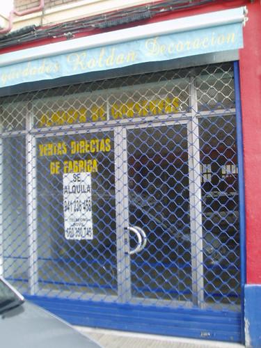 Comercio cerrado en Logroño en Calvo Sotelo