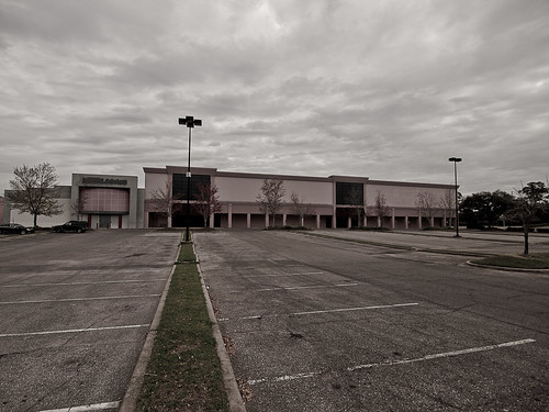 Empty Dillard's at Tallahassee Mall