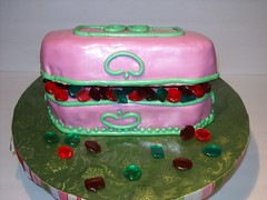 Jewelry Box Cake (Cake Creations by Trish) Tags: pink jewels jewelrybox pinkfondant