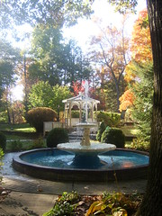 "Fountain • <a style=""font-size:0.8em;"" href=""http://www.flickr.com/photos/60582613@N08/5520178196/"" target=""_blank"">View on Flickr</a>"