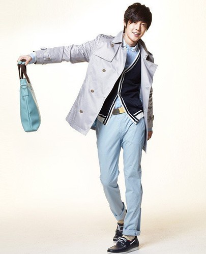 South Korean actor Kim Hyun Joong casual apparel photo _2_