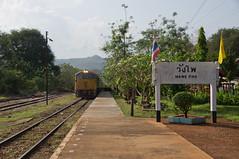 local train. (*Sabine*) Tags: thailand asia asien siam wangpho