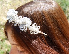 DSC_0587-1 (Chaumurky) Tags: flowers roses white snow tiara rose vintage costume crystal handmade antique kitsch jewelry bijoux jewellery bead neige swarovski quartz glittery beaded headband preraphaelite naiive frenchbeaedflowers
