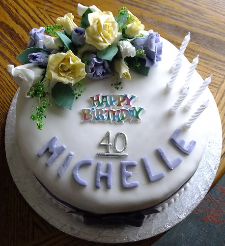 2011 03 26_Michelle's 40th Birthday Cake_0060.JPG