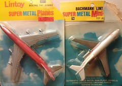 LINTOY 727 AND 747 (NyamalaTone) Tags: toy airplane avion jouet juguete vintage collectible flugzeug